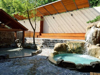 Outdoor hot spring